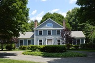 73 Lyme St Old Lyme CT, 06371