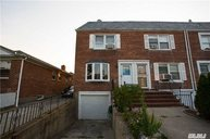 86-36 256th St Floral Park NY, 11001