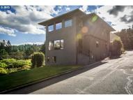 211 Nw Maywood Dr Portland OR, 97210
