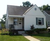 306 E 12 Mile Royal Oak MI, 48073