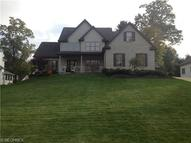 106 Forest Creek Struthers OH, 44471