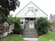 84-42 257th St Floral Park NY, 11001
