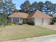 3059 E Fairway Dr Brandon MS, 39047