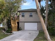 215 Nature View Ct Fort Myers Beach FL, 33931
