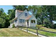 26 Newtown Av North Kingstown RI, 02852
