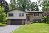 4913 Redbird Lane Crystal Lake IL, 60012