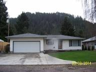 47704 Beaver St Oakridge OR, 97463