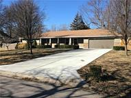 1003 Tam O Shanter Drive Kansas City MO, 64145