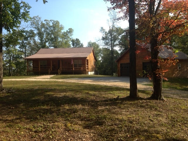 181 Country Charm Rd Mountain View AR, 72560