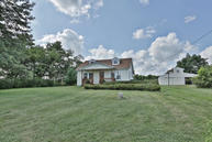 2142 Drennon Rd New Castle KY, 40050