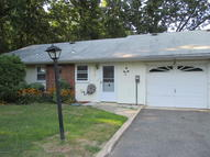 271b Kingston Court 100b Lakewood NJ, 08701