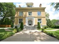 1 Windermere Place Saint Louis MO, 63112