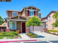 521 Dutch Elm Dr Hercules CA, 94547