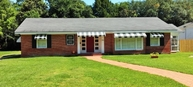 206 W Oak Abbeville LA, 70510