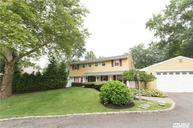 12 Sue Cir Huntington NY, 11743