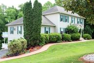 860 Lakemount Dr Moneta VA, 24121