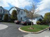 548 Barbini Dr Melville NY, 11747