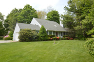 50 Indian Neck Ln Peconic NY, 11958