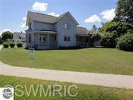 311 Langlade St Mackinaw City MI, 49701