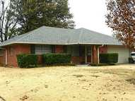 2105 N Willow Ave Bethany OK, 73008