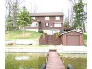 9117 W Lake Dr Pound WI, 54161
