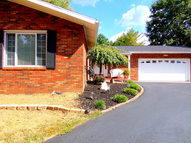 220 Tremont Lucasville OH, 45648