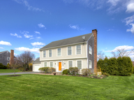 232 Meadow Lane Middletown RI, 02842