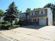 42 W Lane Dr Plainview NY, 11803