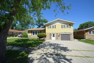 15209 Geoffrey Road Oak Forest IL, 60452