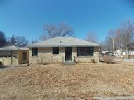 2801 South 12th St Lincoln NE, 68502