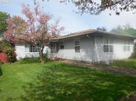 738 6th St Springfield OR, 97477