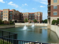 1200 N Foxdale Dr,Unit 304 Addison IL, 60101
