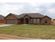 511 Willow Elk City OK, 73644