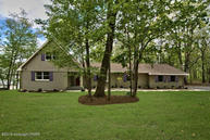 6182 Sunset Dr Swiftwater PA, 18370