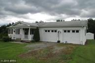 62 Outlaw Trail Maysville WV, 26833