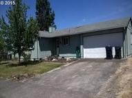 411 N 40th St Springfield OR, 97478