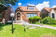 8719 South Kenwood Avenue Chicago IL, 60619