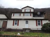 139 Oakland Avenue Smithers WV, 25186