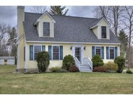 21 Beechwood Rd Sandown NH, 03873