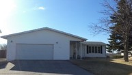 1612 Evergreen Dr Nw Jamestown ND, 58401