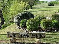 4209 Crystal Springs Moore OK, 73160
