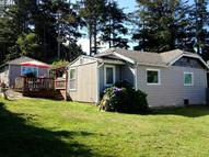 64678 Washington Rd Coos Bay OR, 97420