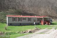 403 Fox Run Road Mount Morris PA, 15349
