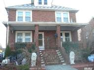 31 Wolfle St 2nd Fl Glen Cove NY, 11542