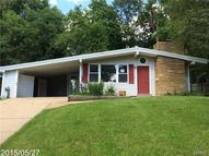 1524 Fournier Drive Saint Louis MO, 63126