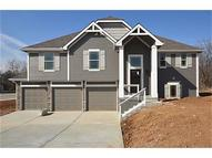 13503 Forest Oaks Drive Smithville MO, 64089