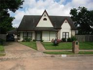 2518 Carriage Ln Stafford TX, 77477