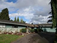 1501 Ne Golf Court Rd Portland OR, 97211
