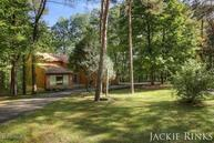 114 Deer Run Drive Ne Ada MI, 49301