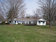 26 Apache Ct South Haven MI, 49090